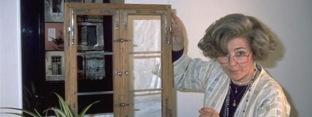 Ein kleines Fenstermodell im Fotostudio 1990