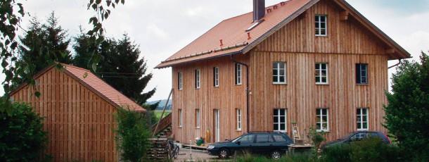 Holz- und Biohäuser
